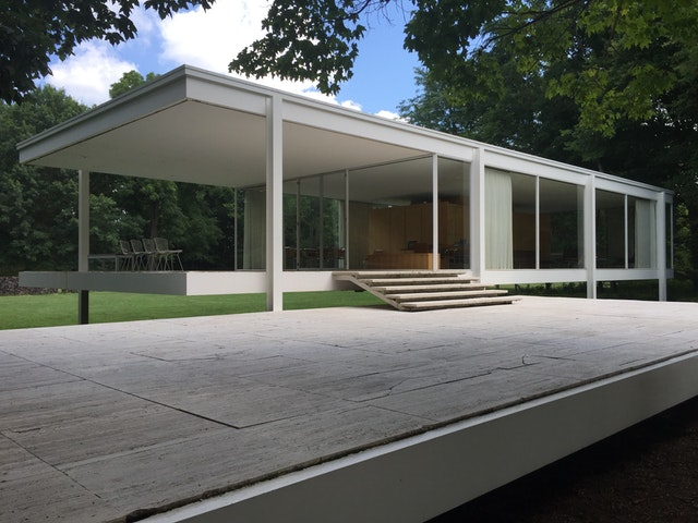 Why is Farnsworth House Important